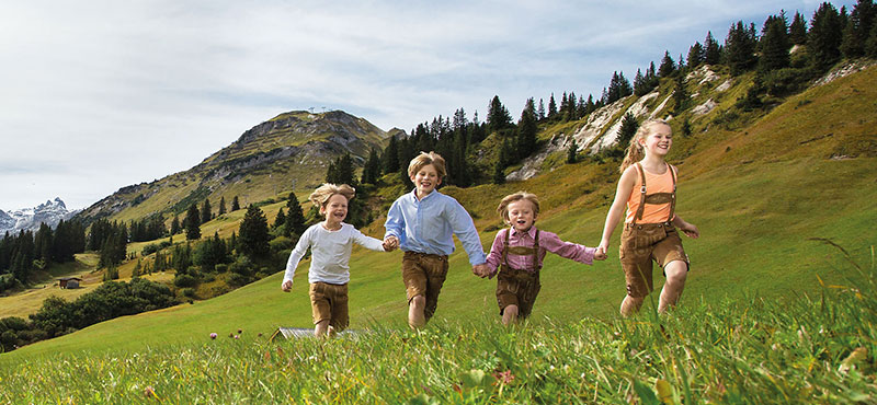 Kids enjoy their holidays in Lech