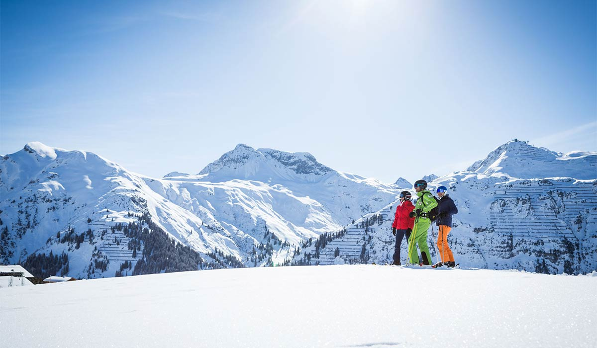 Sun skiing in spring at the Arlberg